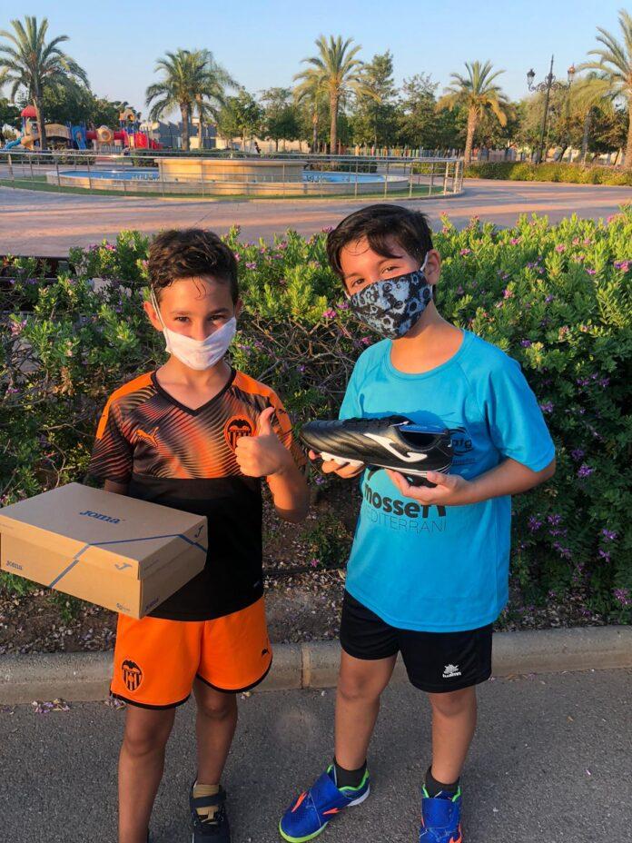 Joan y Saul botas Concurso RafaSport Joma CS