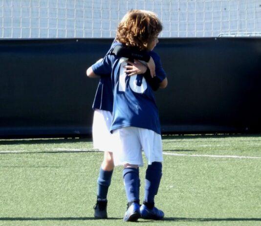 Abrazo Fútbol Prebenjamín