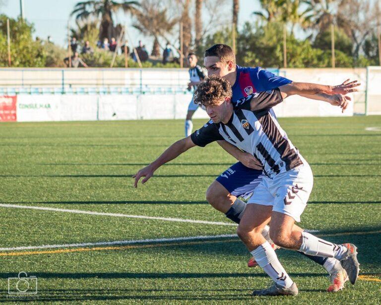 Andrés Fernández, el cadete que logró el soñado gol con el Juvenil B del CD Castellón