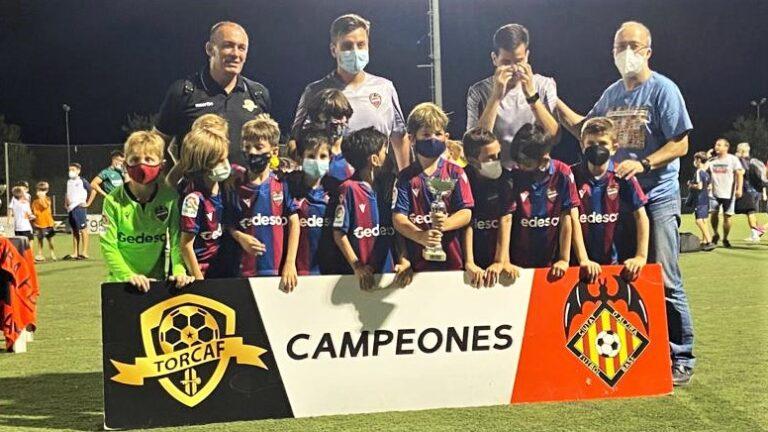 Levante UD y Valencia CF se vuelven a llevar los trofeos en el TORCAF Fútbol-8 de 2º año
